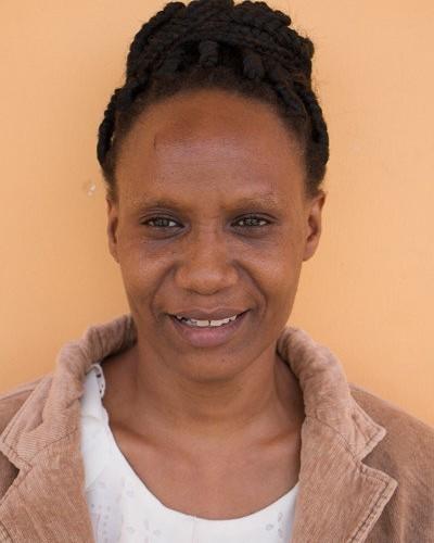 Lehrerin Jasmine Abtwalib Mziray