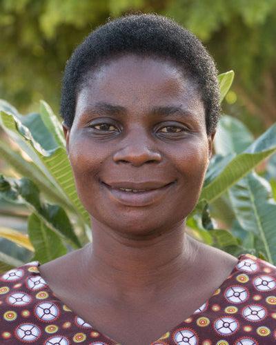 Lehrerin Happy Godfrey Msengi